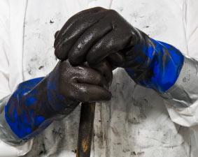Oily_hands